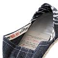 Firma, data i certificat d'autenticitat per a totes les espardenyes