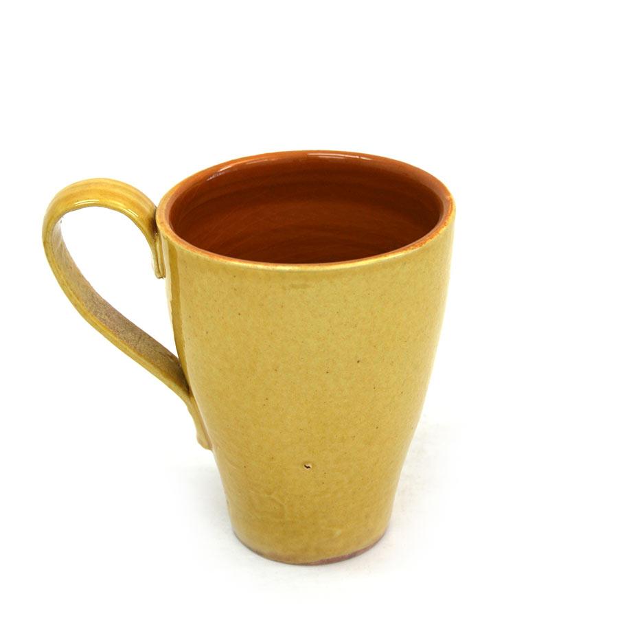 Vista posterior de la tassa de ceràmica