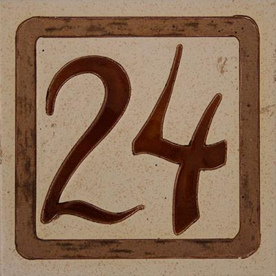 Número de ceràmica en placa...