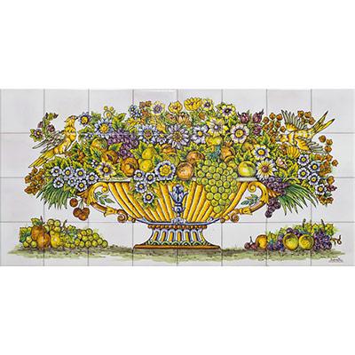 Mural amb cistella plena de flors