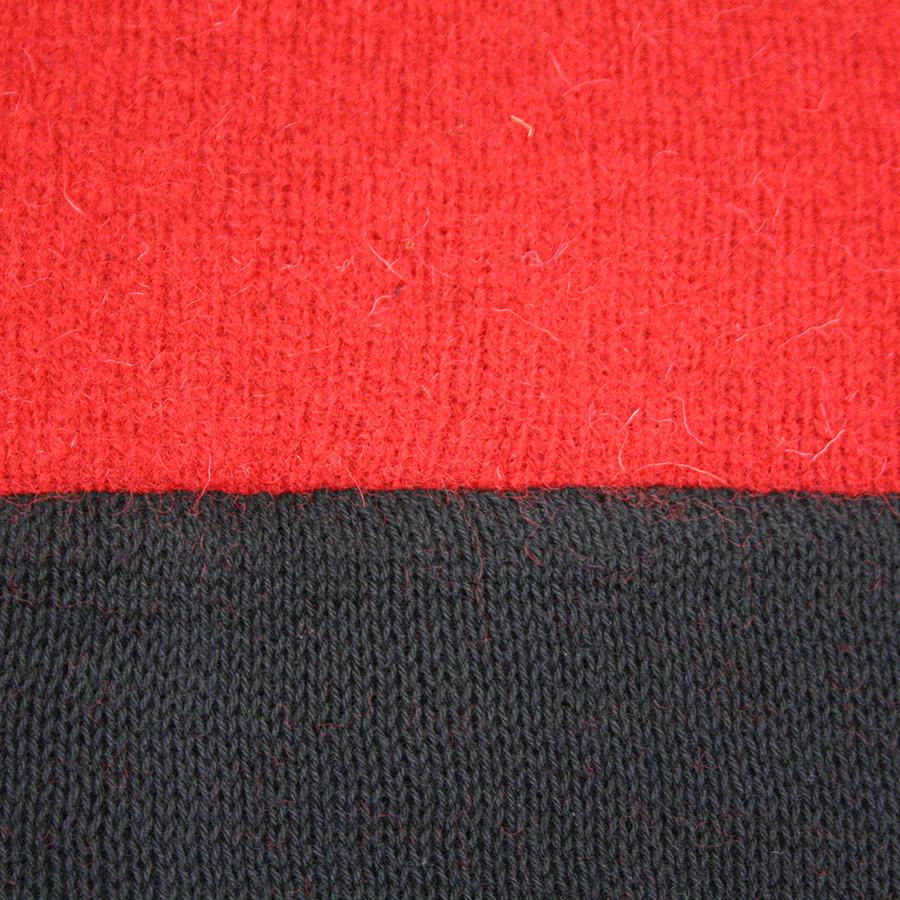 Detall del teixit de la barretina catalana
